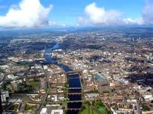 Photo of Glasgow from the air showing the city and the River Clyde